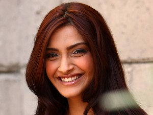 Sonam chats about 'Bhaag Milkha Bhaag'
