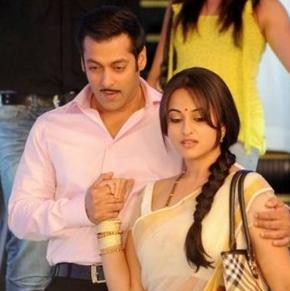 Salman's surprise gift to Sonakshi