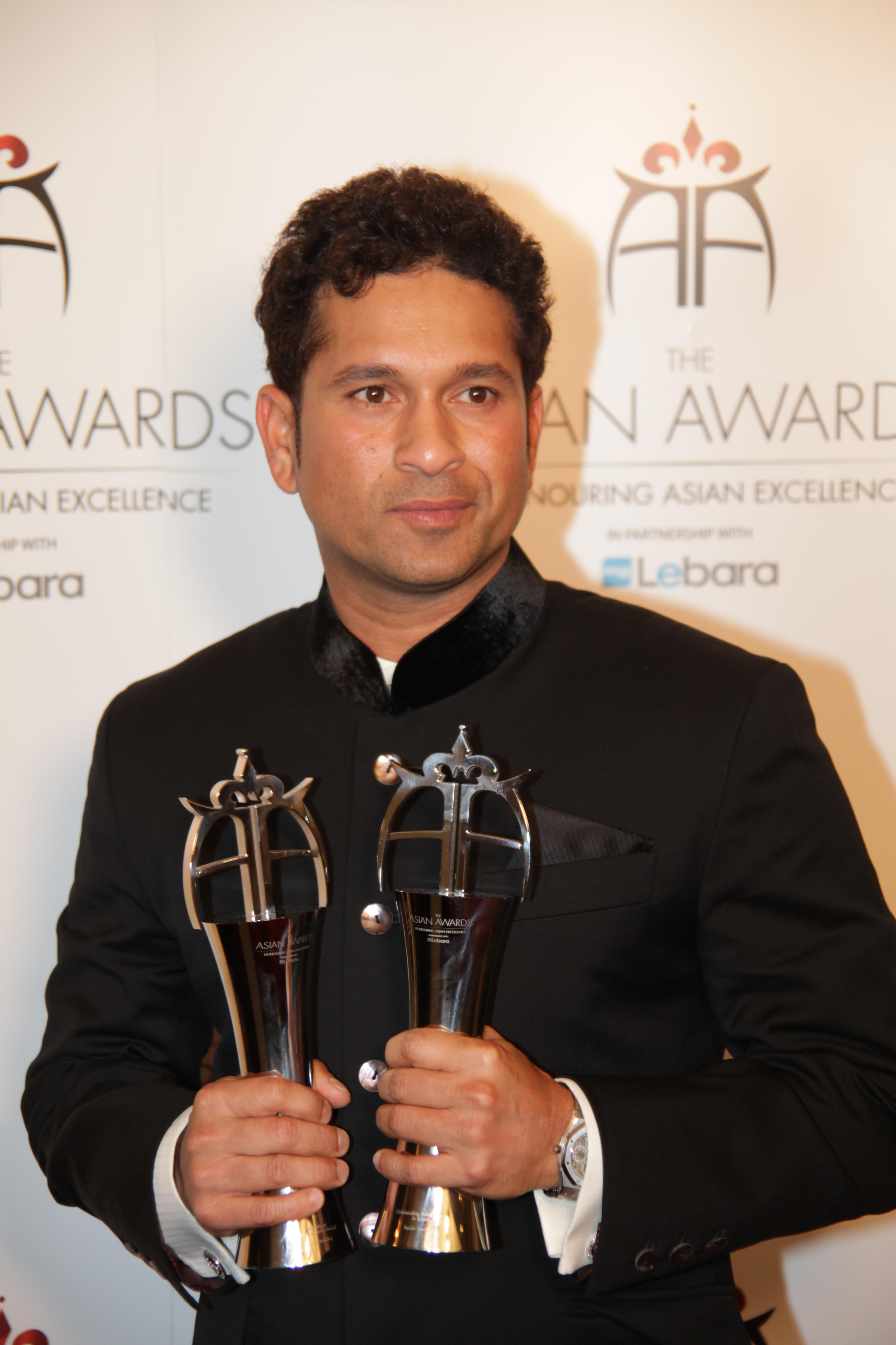 Sachin Tendulkar to get highest honour at Asian Awards