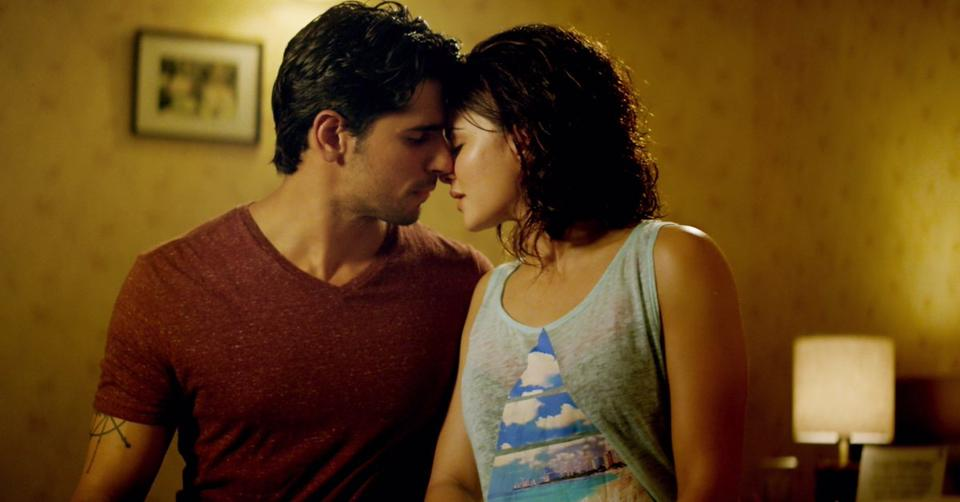 Sizzling chemistry of Sidharth & Jacqueline