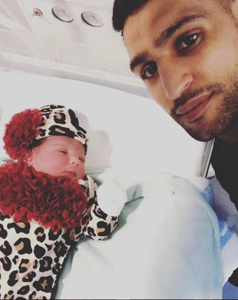 Amir Khan announces birth of his daughter