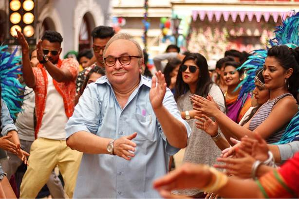 Rishi Kapoor croons for first time
