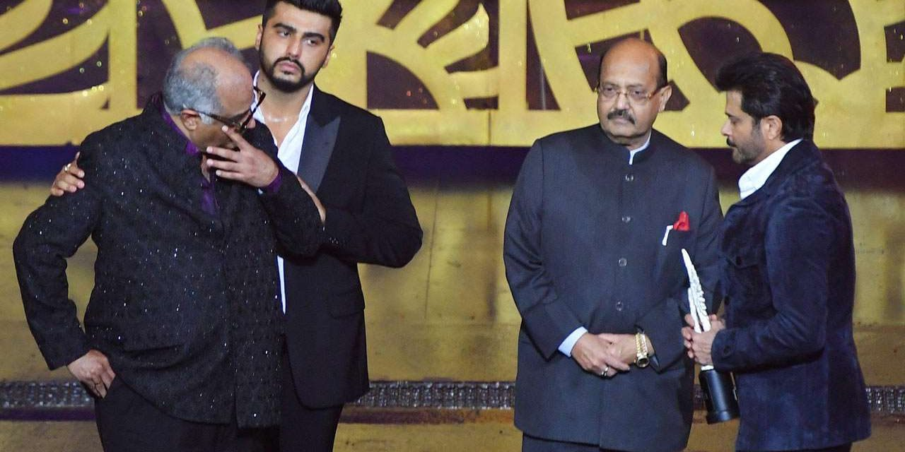 Emotional Boney receives special IIFA for late Sridevi