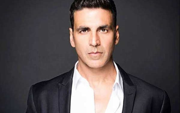 Akshay Donates Rs 5 Lakh to Acid Attack Survivor